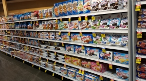 hostess counter meijers (1)
