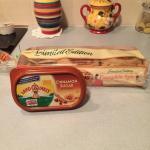 cinnamon sugar spread muffins