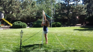 addie-putting-up-net