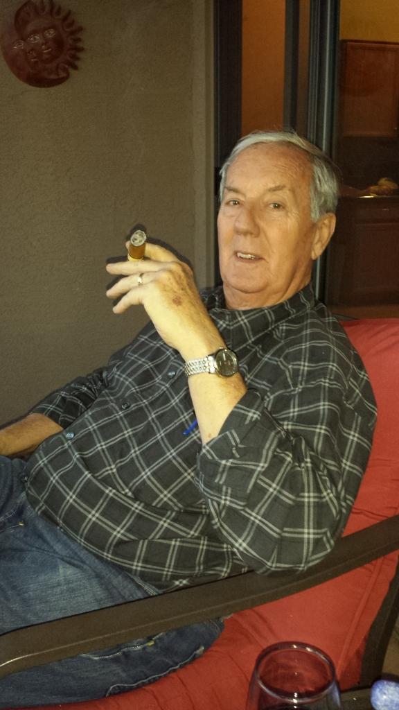 bil-outside-smoke-cigar