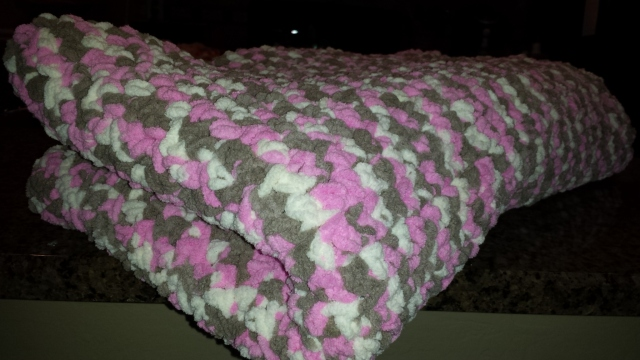 lilly-afghan